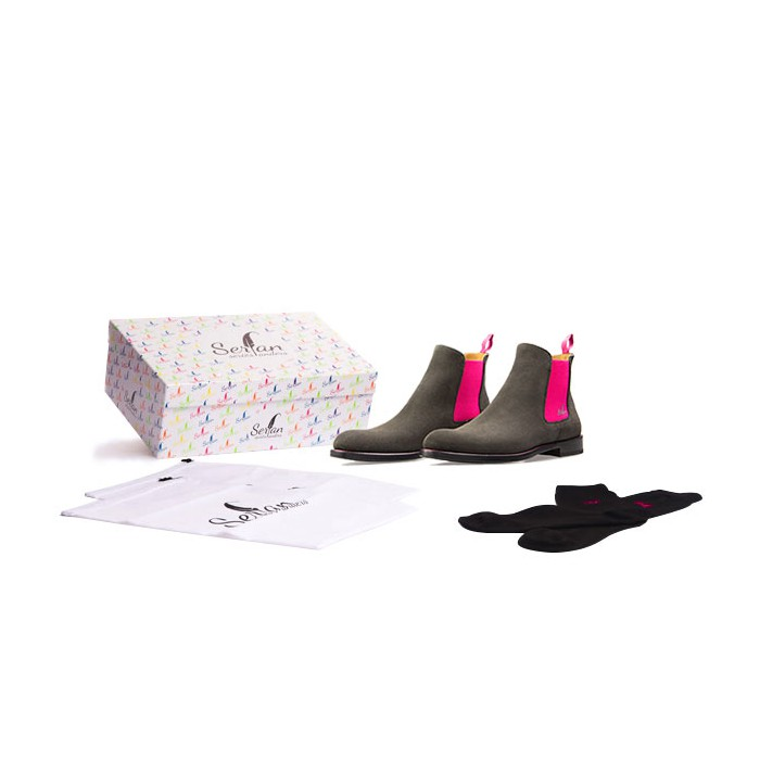 reputable site 73ec4 0abb9 Serfan Chelsea Boot Women Suede Grey Pink