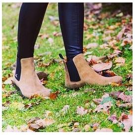 Serfan Chelsea Boot Women Suede Beige Black