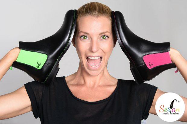 Giulia Siegel ist von den Serfan Chelsea Boots begeistert und kann sich nicht entscheiden