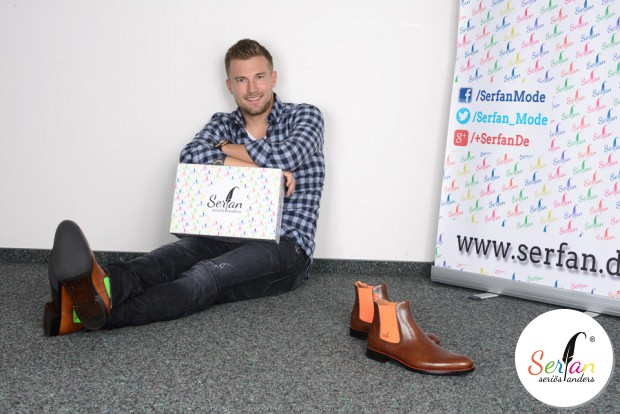 Daniel baier vom FCA trägt Chelsea Boots