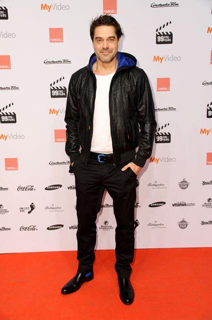 Der Schauspieler Raphael Vogt trägt unsere Chelsea Boots