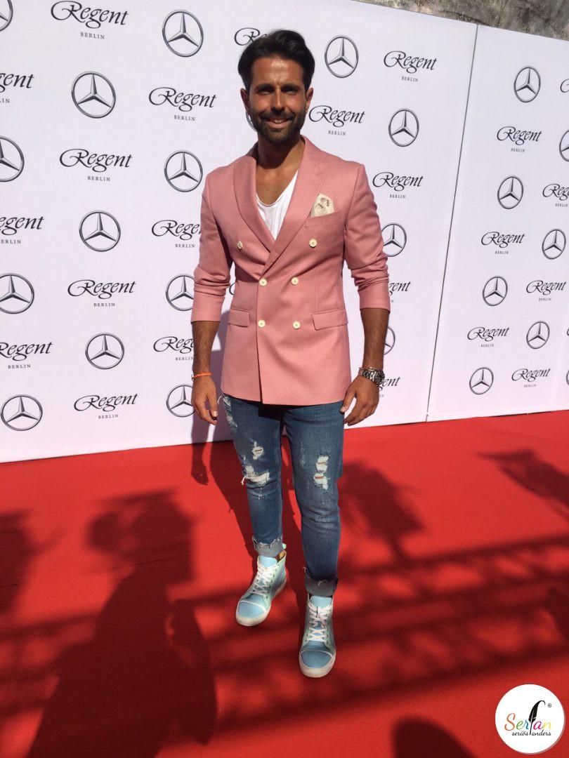 Der Geschäftsführer von Serfan, Serhat Yilmaz, war auf der diesjährigen Berlin Fashion Week im Sommer 2017.